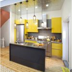Desain Dapur Minimalis Mungil Sederhana Type 2x3 Warna Kuning Terbaru