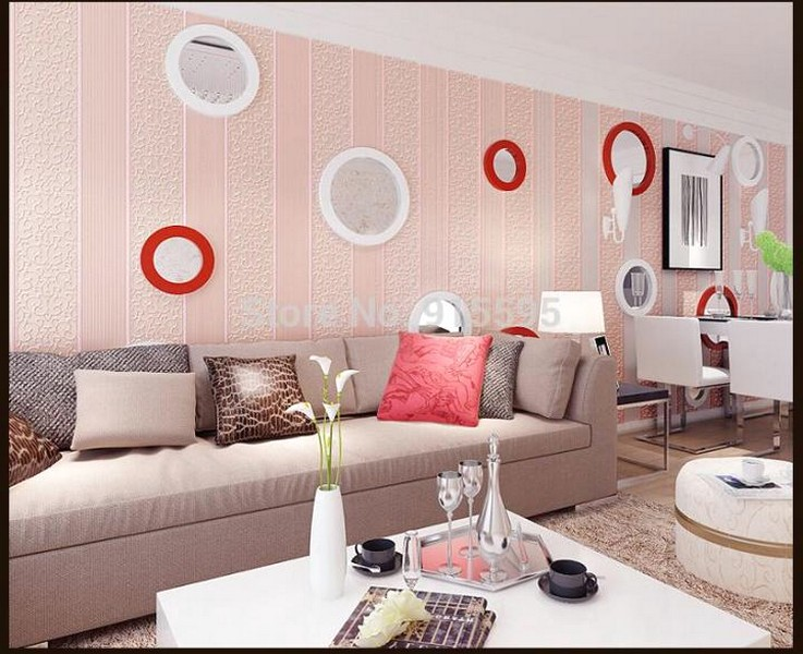 Desain Wallpaper Dinding Ruang Tamu Pink Motif Lingkaran Indah Nyaman Elegan Mempesona Mewah Terbaru