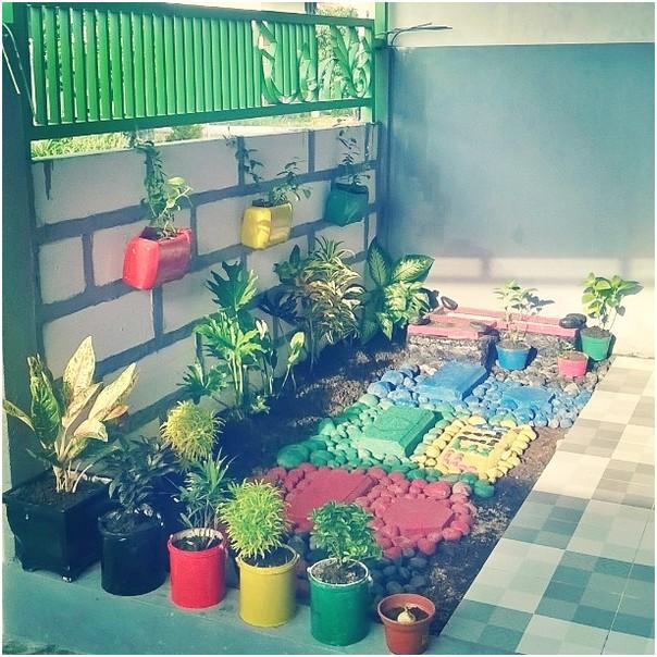 Desain unik taman rumah minimalis terbaru