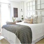 Interior desain kamar tidur kecil minimalis sederhana modern mewah elegant putih terbaru