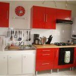 Modern Desain Dapur Minimalis Mungil Sederhana Terbuka Type 2x2 Warna Cat Pink Merah Terbaru