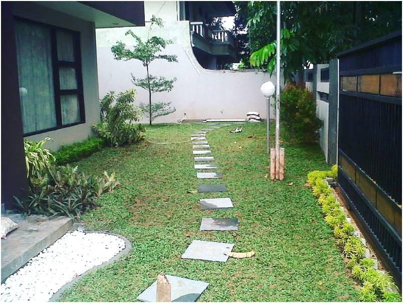 Taman depan rumah minimalis sederhana modern lahan sempit