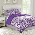 dekorasi desain kamar tidur kecil minimalis sederhana sempit modern mewah elegant warna ungu terbaru
