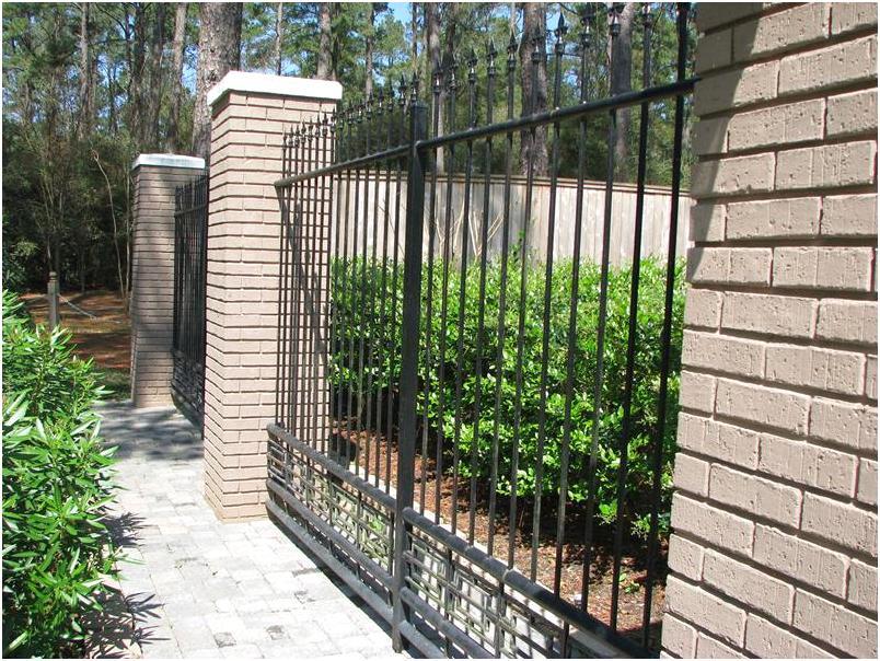 desain tembok pagar rumah cantik minimalis mewah klasik terbaru