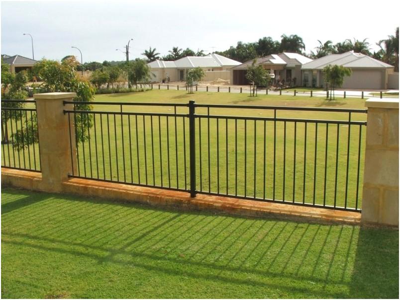 desain tembok pagar rumah minimalis mewah modern klasik elegan nyaman mempesona type 36 terbaru