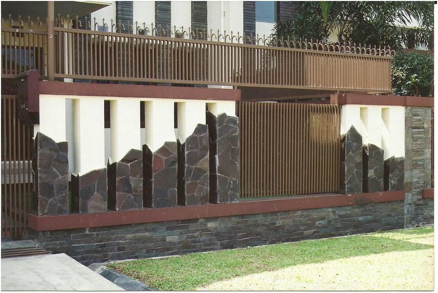 konsep desain pagar rumah minimalis batu alam cantik elegan mewah klasik terbaru unik