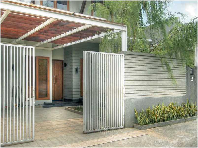 konsep desain pagar rumah minimalis cantik elegan mewah klasik terbaru