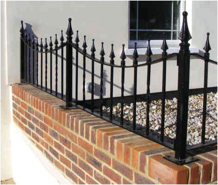 model desain tembok pagar rumah minimalis metal besi mewah klasik modern elegan terbaru