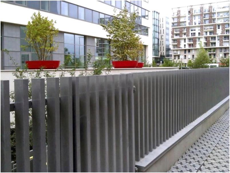 modeldesain pagar rumah minimalis metal besi mewah klasik modern nyaman elegan terbaru