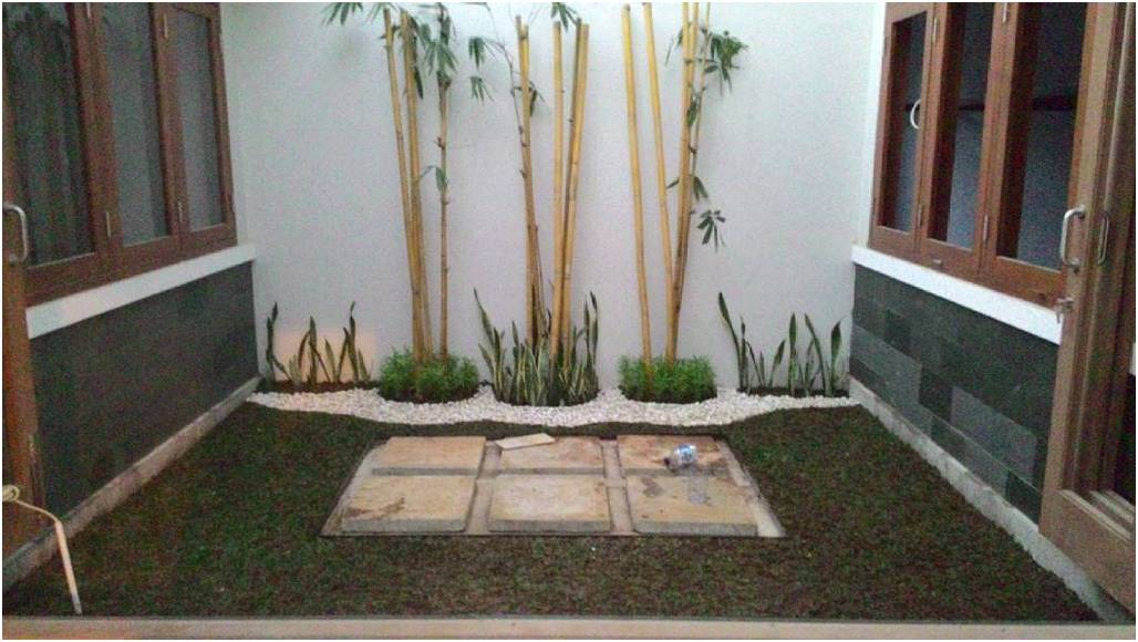 taman rumah mungil sederhana terbaru