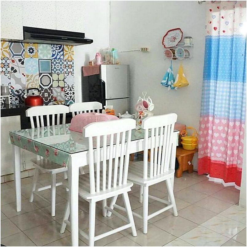 Dapur Dan Ruang Makan Mungil