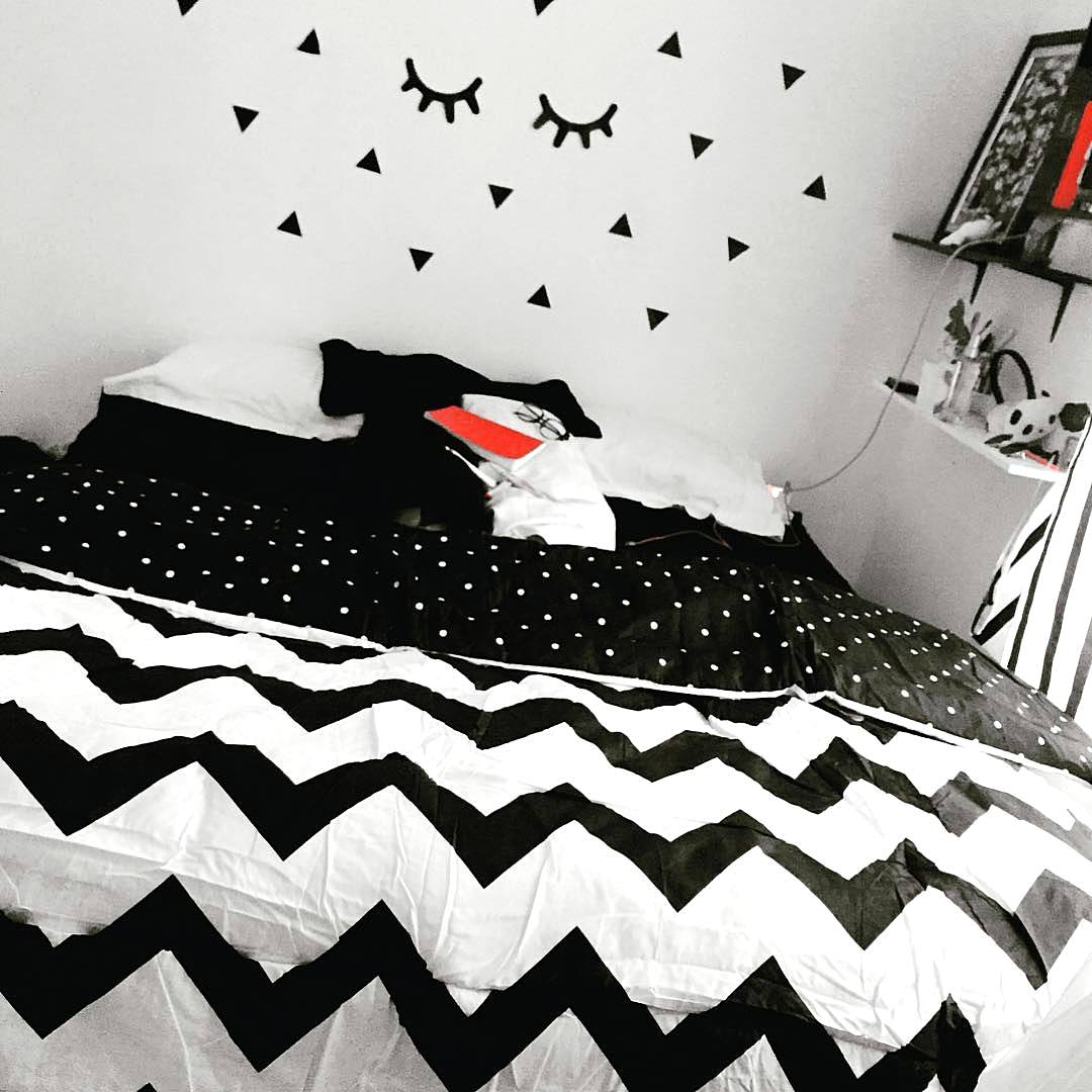Dekorasi Dinding R Tidur 3x3 Unik Keren