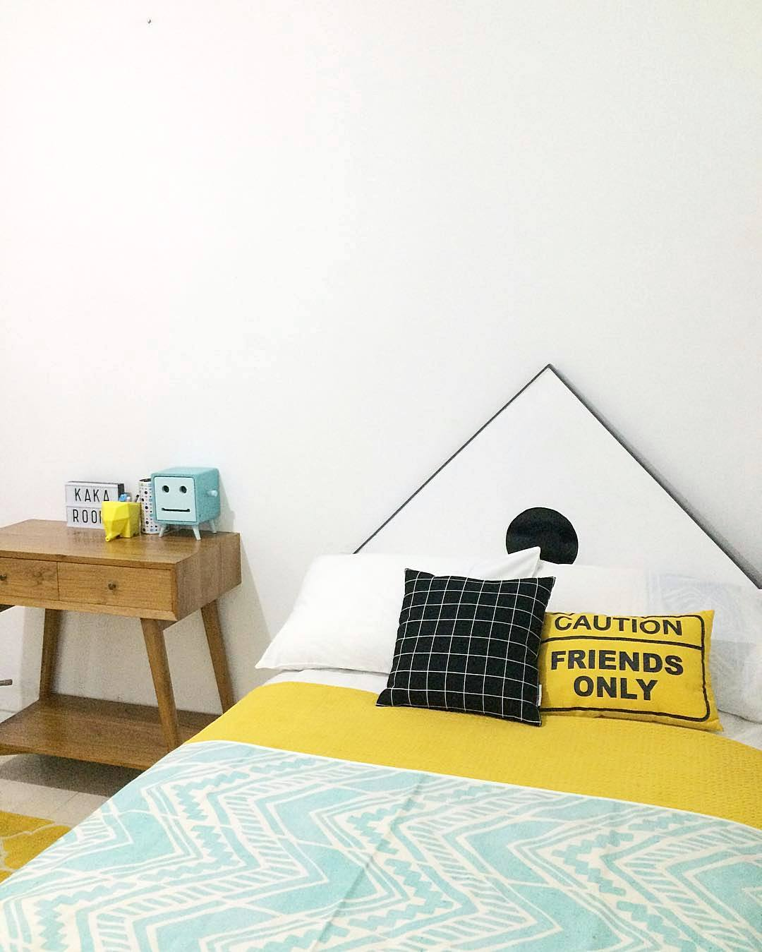 Dekorasi Kamar Tidur Sederhana Namun Unik