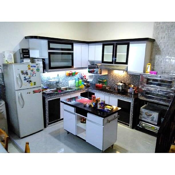 Desain Kitchen Set Terbaru