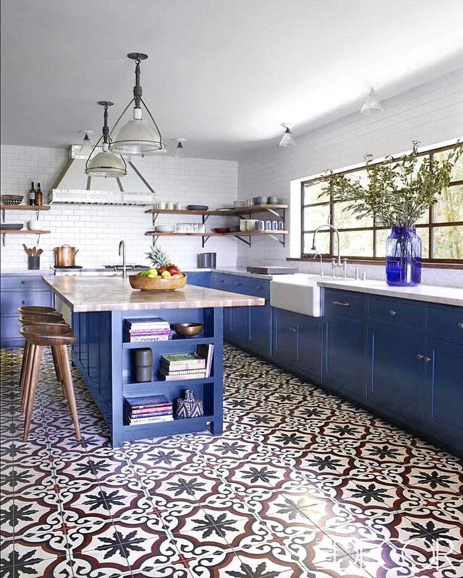 Model Desain Kitchen Set Dengan Keramik Cantik