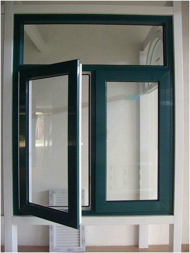 Model Jendela Rumah Klasik Terbaru