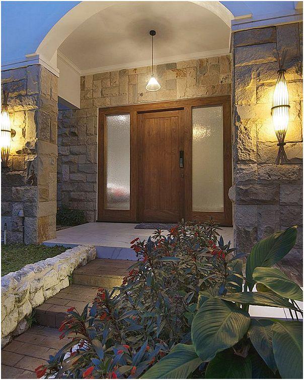 Model desain pintu utama rumah minimalis modern