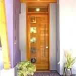 Model pintu kayu minimalis modern