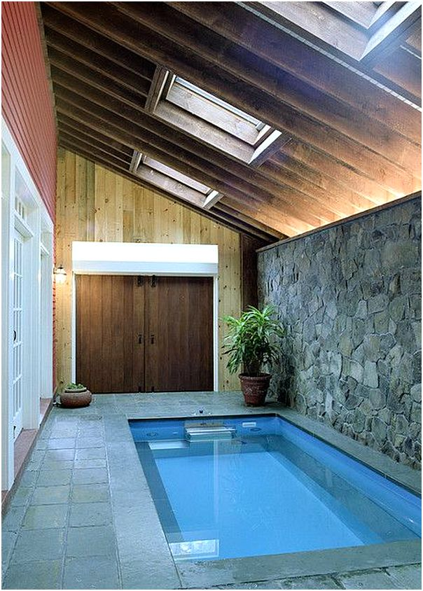 kolam renang minimalis didalam rumah