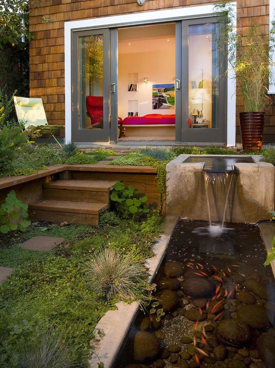 33 desain kolam ikan minimalis di lahan sempit terbaru for Jardines para casas pequenas fotos