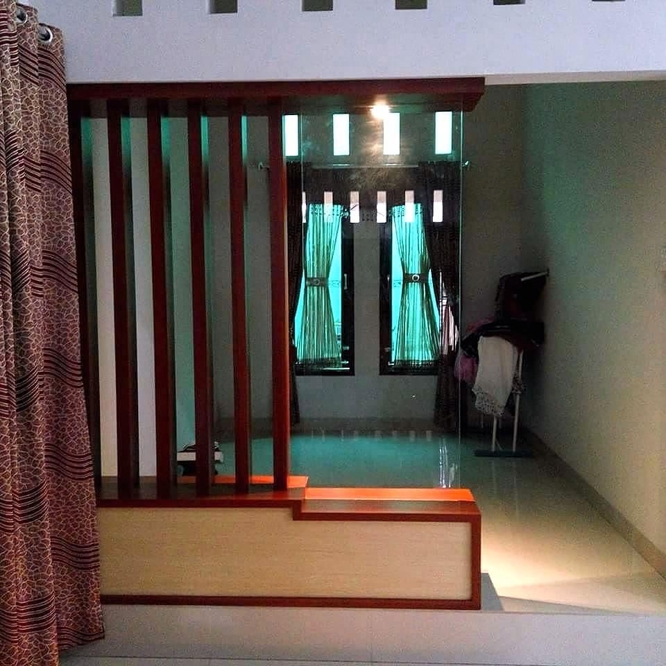Pembatas Ruangan Tamu Minimalis Modern Kayu
