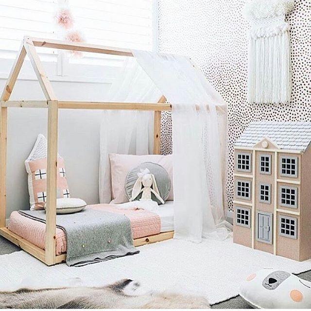 dekorasi kamar bayi perempuan