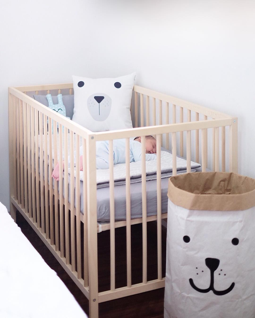 27 desain dan dekorasi kamar bayi balita minimalis terbaru