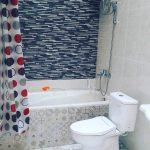 Desain Kamar Mandi Minimalis Dengan Keramik Dinding Yang Unik