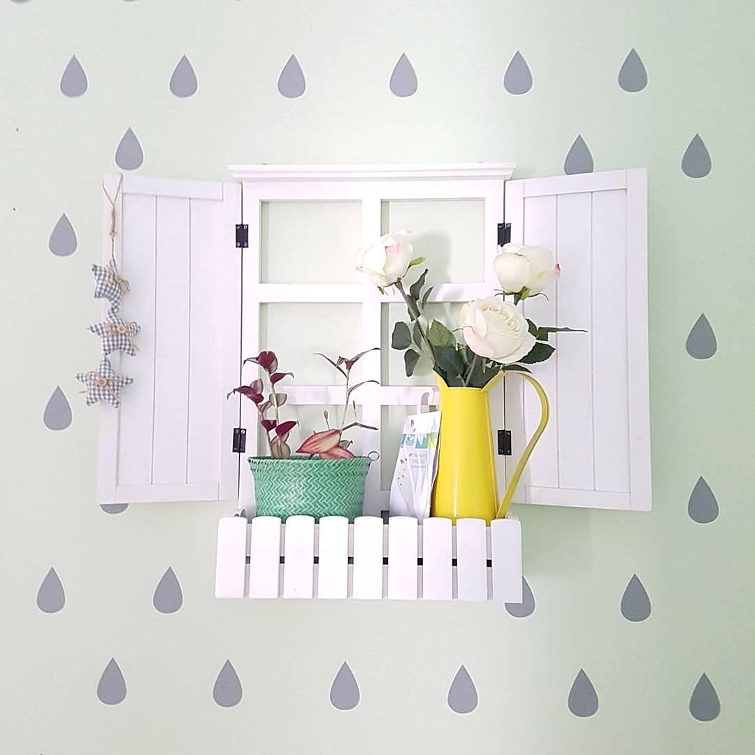 hiasan dinding ruang tamu rumah minimalis