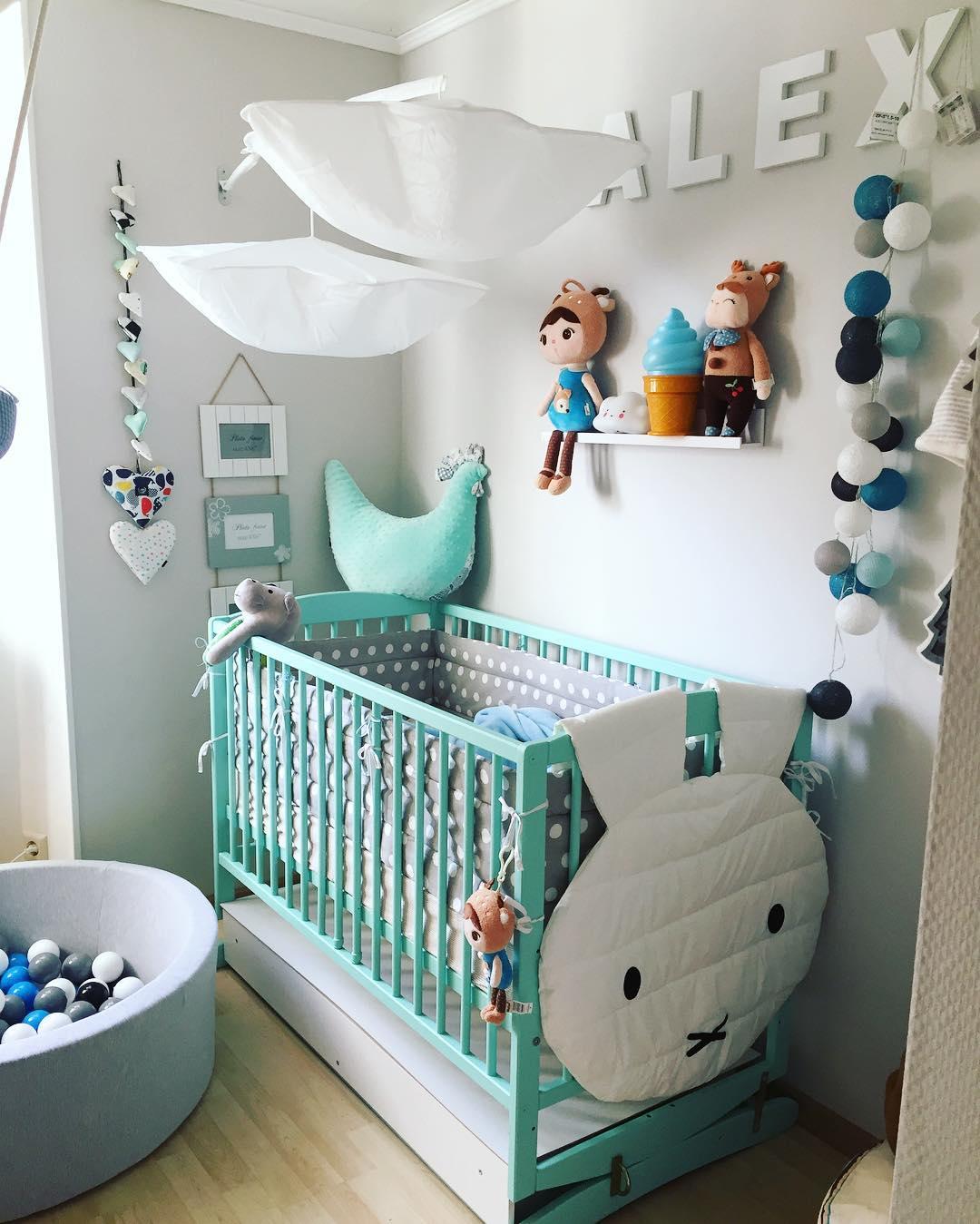 27 desain dan dekorasi kamar bayi balita minimalis terbaru for Dekor kamar hotel buat ulang tahun