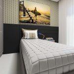 Kamar Tidur Anak Laki Laki Dengan Wallpaper Dinding Yang Unik
