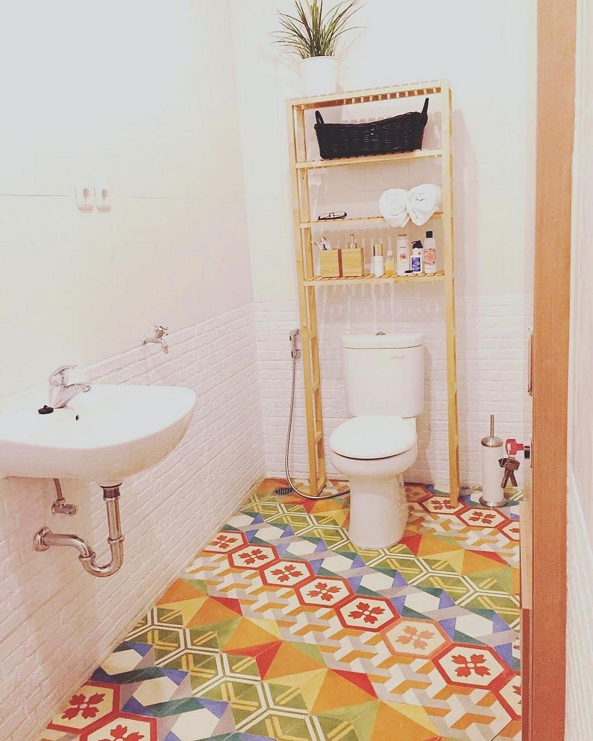 29 model kamar mandi sederhana minimalis terbaru 2017