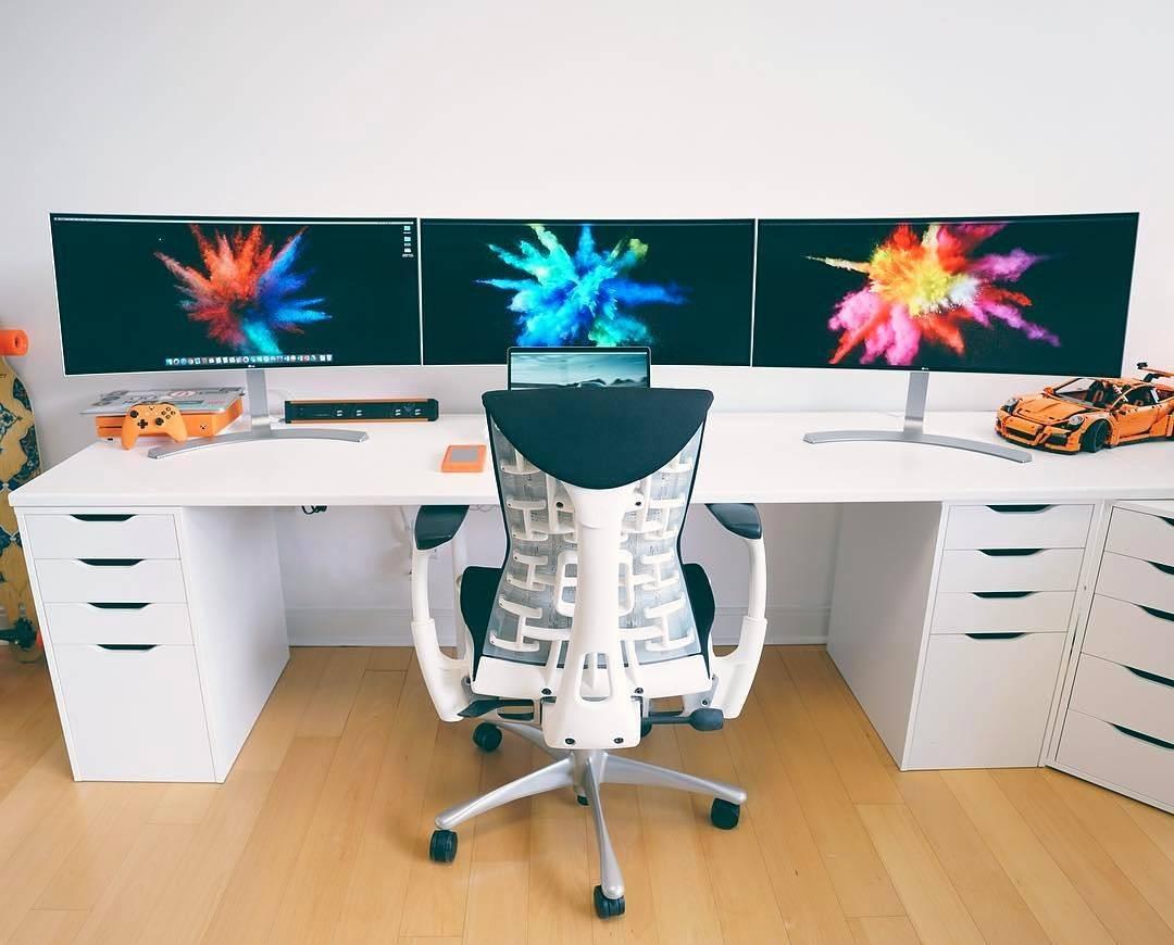 Desain Meja Komputer Gaming Terbaru
