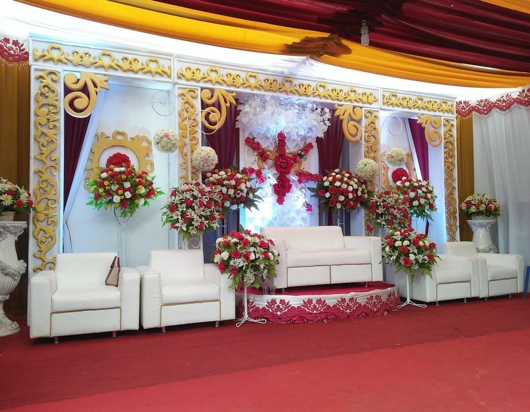 40 Dekorasi Pernikahan Modern Elegan Minimalis Terbaru 2020