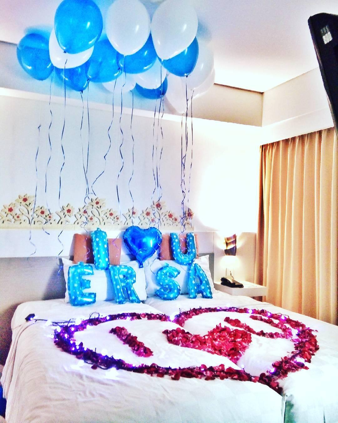 Desain foto kamar contoh hu for Dekor kamar hotel di bandung