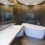 Gambar Kamar Mandi Hotel Dengan Desain Keramik Dinding Kamar Mandi Yang Modern Unik Cantik Terbaru