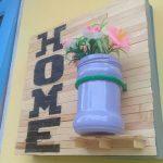 Hiasan Teras Rumah Dari Stik Es Krim Hasil Kerajinan Tangan Beserta Vas Bunga