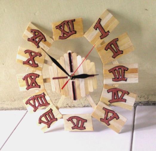 7 Ide dan Cara Membuat Jam Dinding Dari Stik Es Krim Lengkap  c0b93873d1