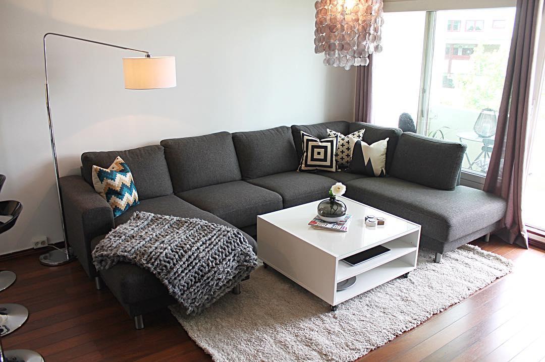 Lampu Ruang Tamu Sederhana Yang Lagi Ngetrend Bera Modern