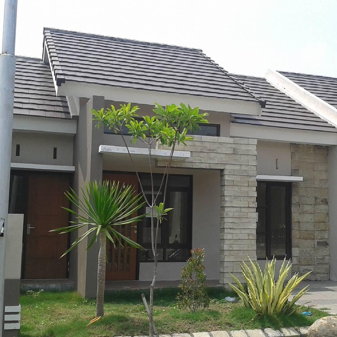 rumah minimalis keramik batu alam