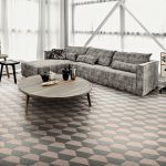 Motif Keramik Lantai Ruang Tamu Unik Hexagonal Rumah Minimalis