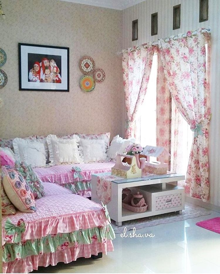 Gambar 30 Desain Ruang  Tamu  Shabby Chic Minimalis  Cantik