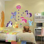 Dekorasi Dinding Kamar Tidur Dengan Stiker Dinding Lucu Untuk Kamar Anak