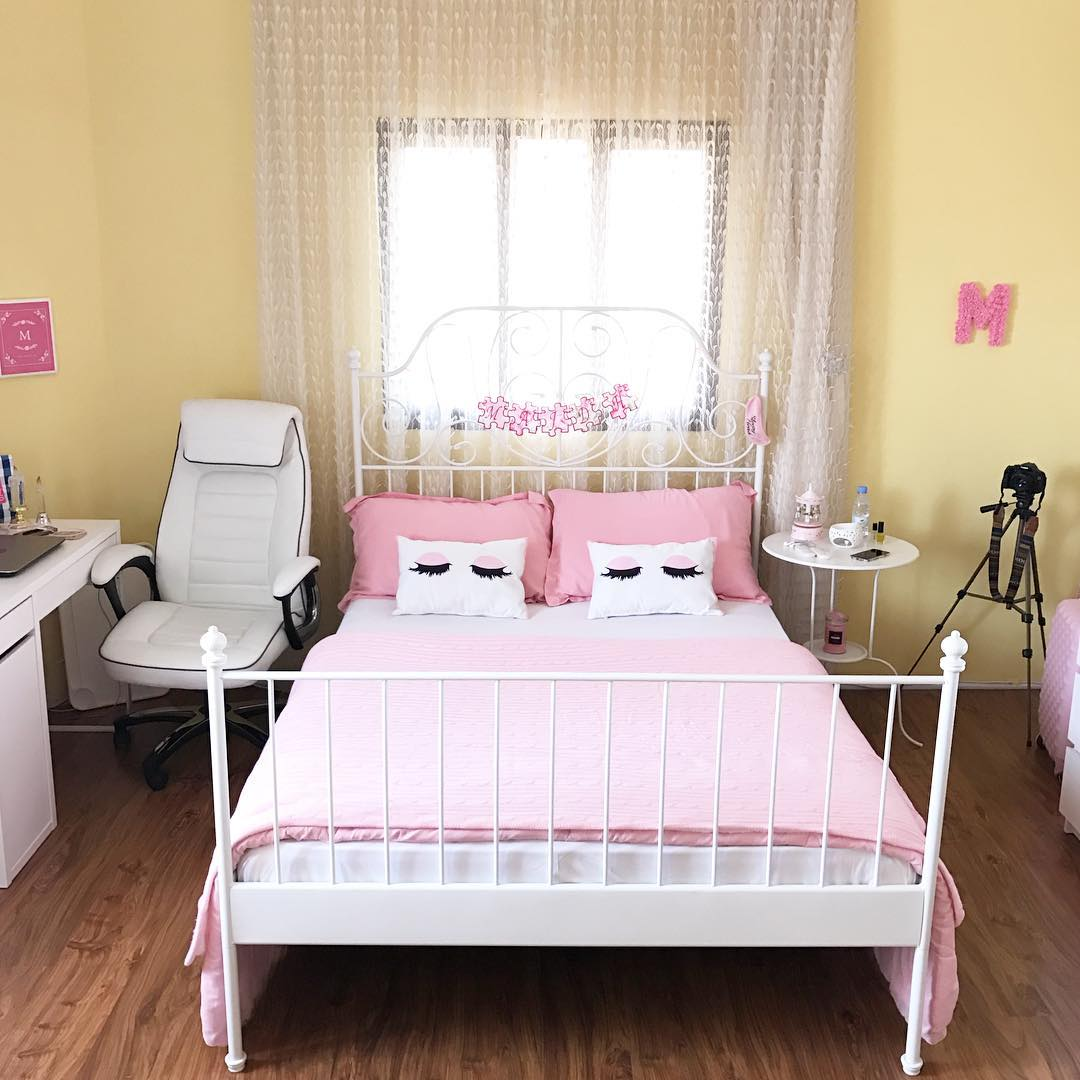 Dekorasi Interior Kamar Tidur Minimalis Unik Shabby Chic