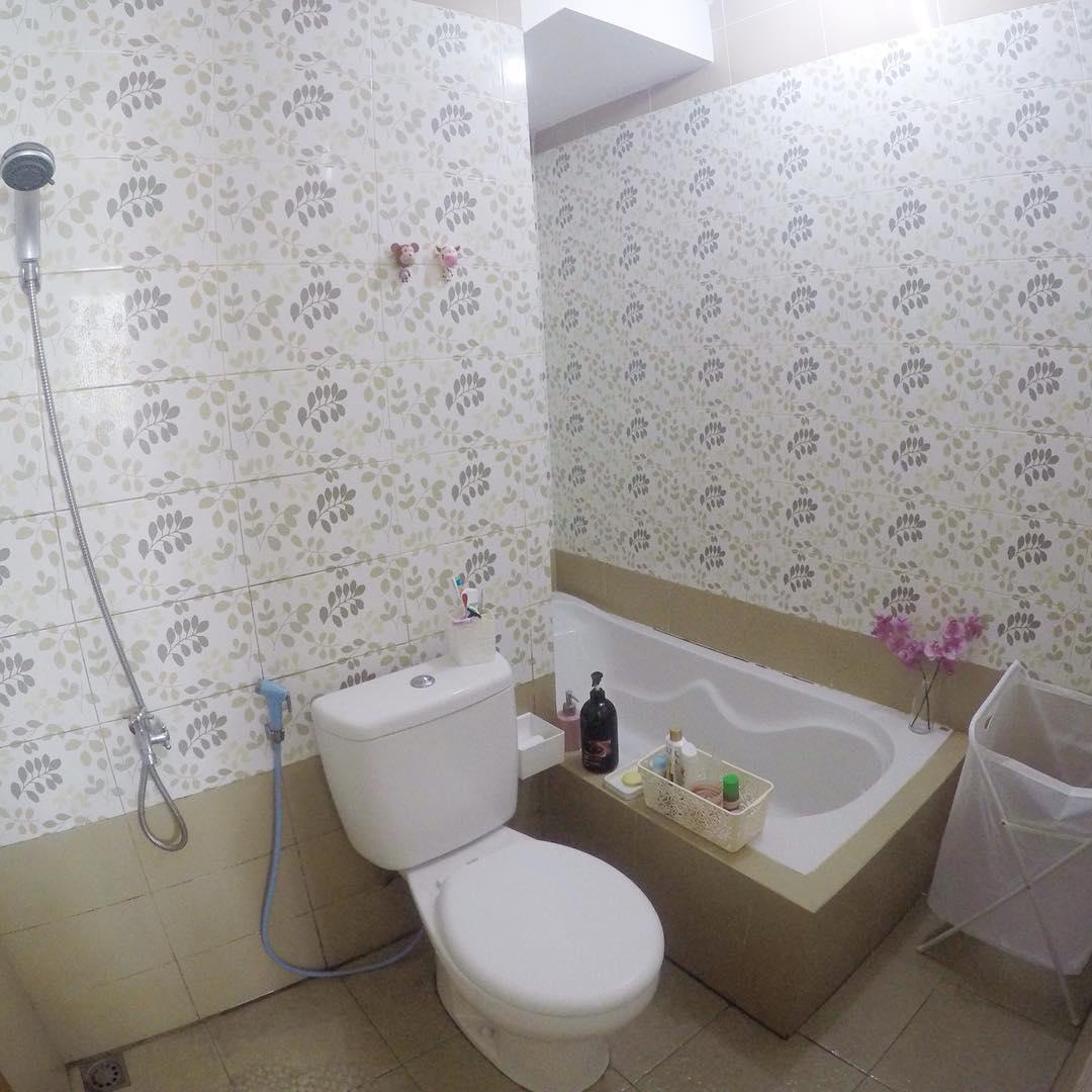 dekorasi kamar dengan wallpaper