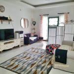 Dekorasi Ruang Tamu Sekaligus Ruang Keluarga