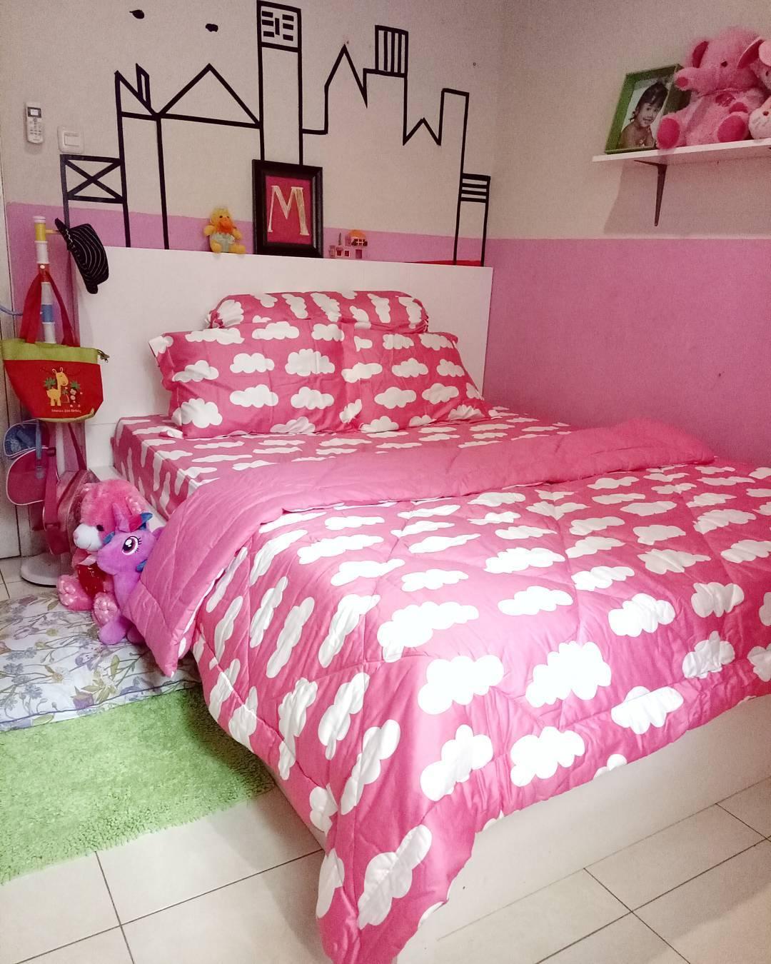 desain kamar tidur sempit sederhana warna pink | kumpulan desain rumah