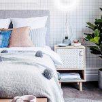 Desain Meja Kamar Tidur Minimalis