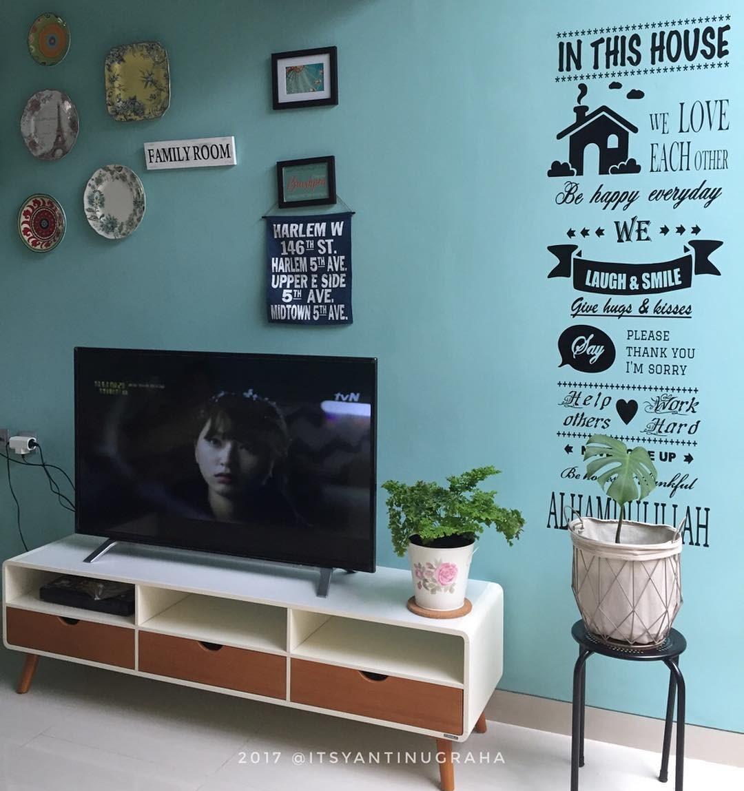 Desain Meja Tv Minimalis Modern Untuk Ruang Tamu Minimalis