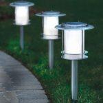 Lampu Hias Taman Minimalis